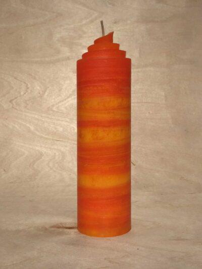 handgemachte orange gerollte Streifen Kerze
