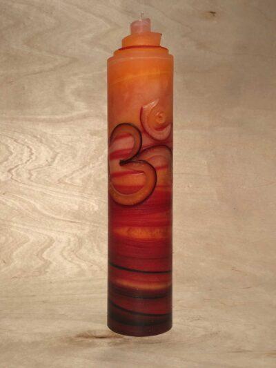 handgemachte orange rot schwarze gerollte AUM Kerze