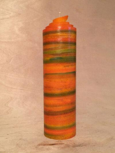 handgemachte orange grüne gerollte Streifen Kerze